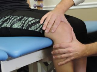 FYZICAL Therapy Knee Pain